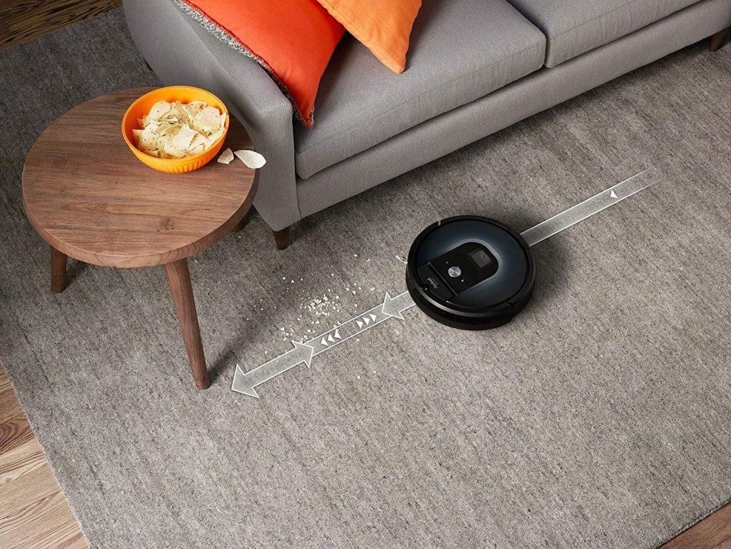 Le robot aspirateur iRobot Roomba 960