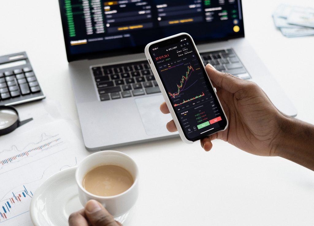 Comment débuter dans le trading ?