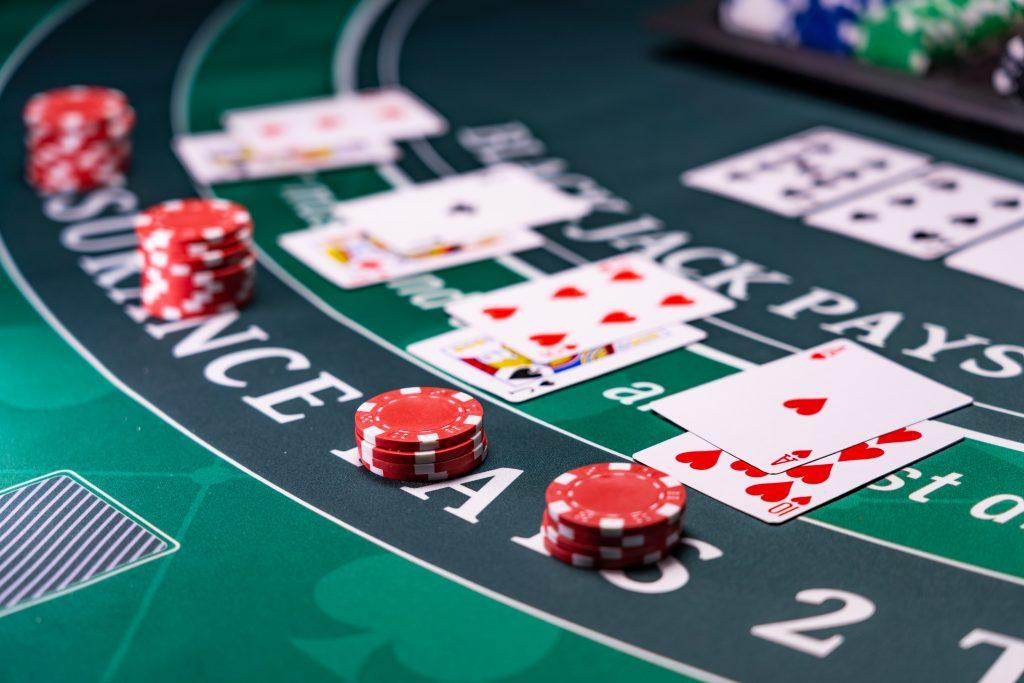 Découvrir les règles du blackjack
